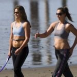 does walking strengthen your core